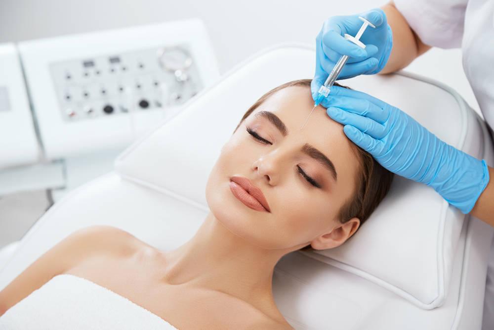 La cirugía estética, una característica de la vida actual