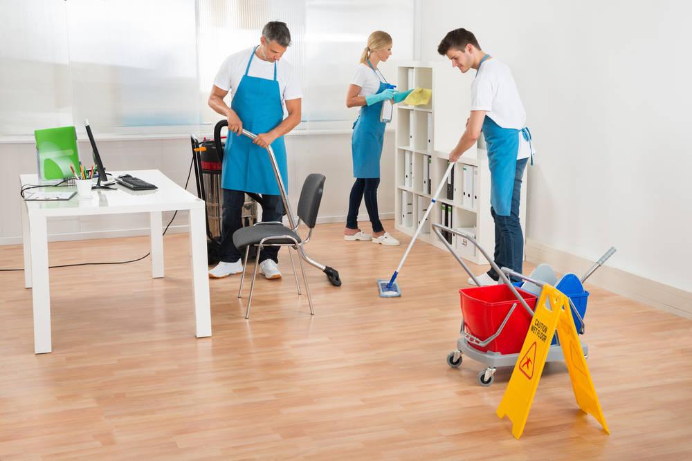 Los servicios de limpieza son fundamentales para seguir avanzando higiénicamente