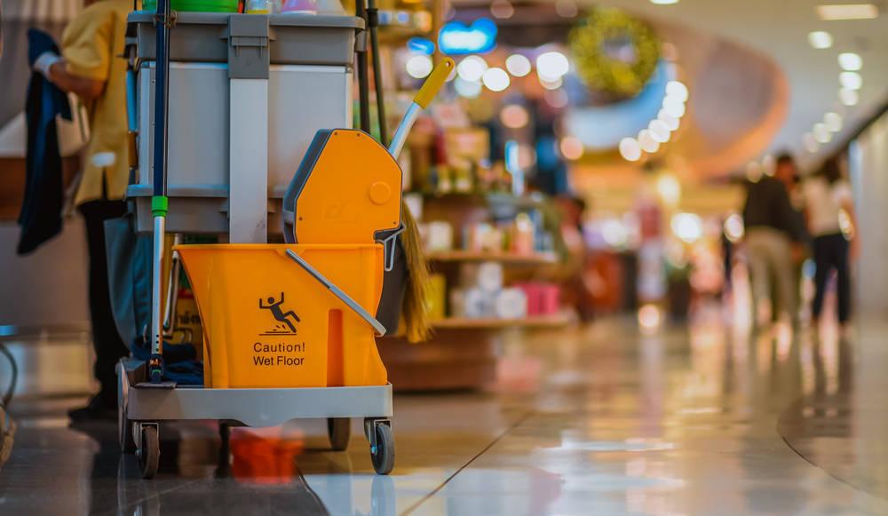 Los servicios de limpieza, básicos y necesarios